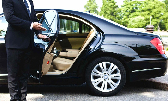 G&L Executive Services - Chicago: Round-Trip Airport Transportation for up to Two Passengers from G&l Executive Services (55% Off)