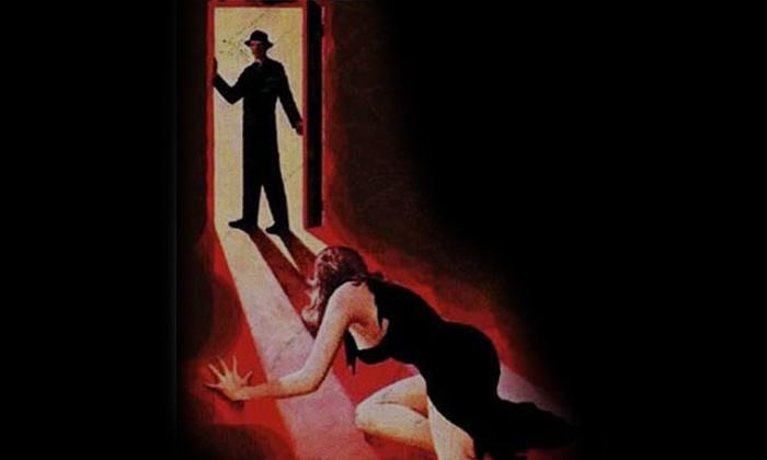 The Dinner Detective - Holiday Inn Boston Bunker Hill: The Dinner Detective Murder Mystery Dinner with Commemorative Mug (May 27–September 15)
