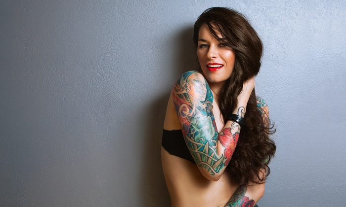 Tattoo Studio 76  - Tattoo Studio 76 : Paga 5 € y obtén un descuento de 30 € en tu tatuaje en negro o a color o paga 29 € y obtén un descuento de 130 €
