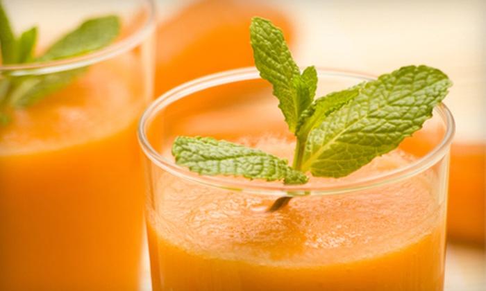 Deja Vu - Downtown Burlingame: $17 for Five Organic-Juice Drinks at Deja Vu (Up to a $34.95 Value)