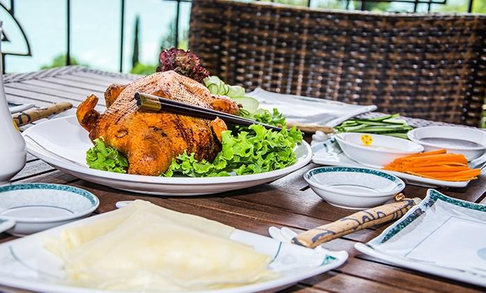 4-Gänge-Menü mit Peking-Ente nach authentischem Rezept für 4 Personen im China Restaurant Lon Men für 49,90 €