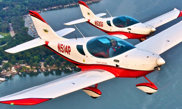 US Sport Aircraft - Addison: One 60-Minute Introductory Flight Lessons from US Sport Aircraft (Up to 60% Off)