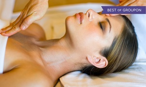 Beauticafe: $35 for a One-Hour Europea or Hot-Stone Facial at Beauticafe ($85 Value)