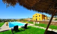 Italie : 1 à 3 nuits avec accès piscine et solarium, dîner, accès sauna et modelage optionnels à la Villa Scuderi pour 2