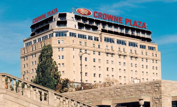 Crowne Plaza Niagara Falls - Crowne Plaza Niagara Falls: Stay with Dining, Spa, and Wine Credits at Crowne Plaza Niagara Falls in Ontario. Dates into November.