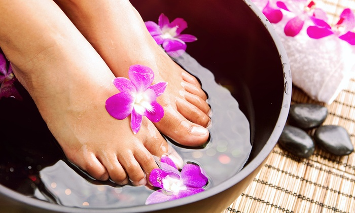 Clean Start Cleansing Atlanta - Atlanta: Two or Four Ionic Foot Detox Treatments at Clean Start Cleansing Atlanta (Up to 56% Off)