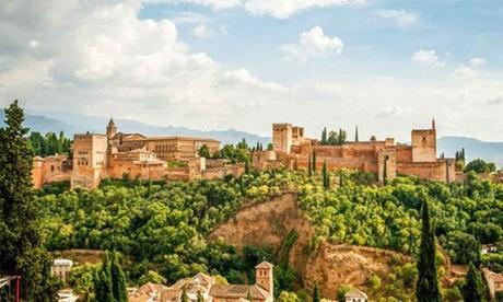 Granada: 1 o 2 noches con desayuno, cocktail y opción media pensión, mariscada y visita a la Alhambra en Hotel Poniente