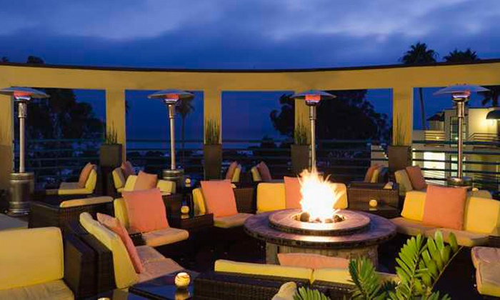 Vivo Rooftop Lounge - DoubleTree Suites by Hilton Doheny Beach - Dana Point: Upscale Pub Food and Mixed Drinks at Vivo Rooftop Lounge (50% Off). Two Options Available.