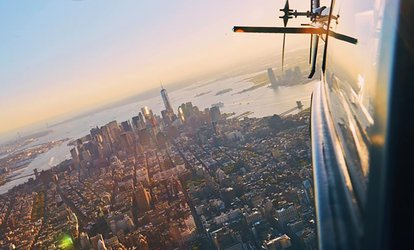 Doors-On or Doors-Off NYC Helicopter <strong>Flight</strong> Experiences from FlyNYON (Up to 27% Off)