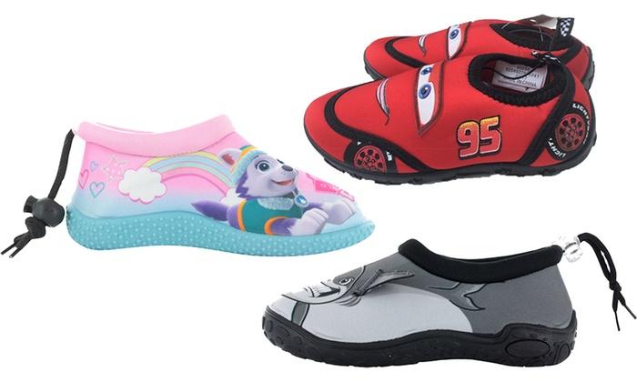 Kids Aqua Socks     Groupon e71a24