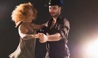 Grundkurs f. Gesellschaftstänze od. Discofox-Tanzkursf. 2 Personen in der Tanzschule Step by Step (bis zu 62% sparen*)