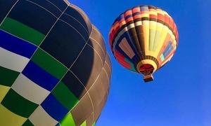 Céu Azul Balonismo: Voo de balão + espumante e café da manhã para 1 ou 2 pessoas com a Céu Azul Balonismo – Boituva