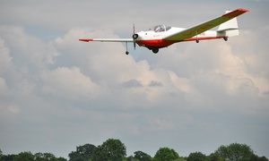 Bicester Gliding Centre: Motorglider Flying Tour at Bicester Gliding Centre (80% Off)