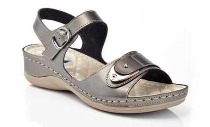 05ff470d6f Shop Groupon Henry Ferrera Cindy Women's Wedge Comfort Sandals
