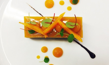 Menu étoilé en 4 services par le chef Stephan Bernhardtpour 2 convives à 104 € au restaurant Le Relais de la Poste