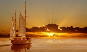 Les sorties Saint Amour: Sortie bateau en rade de Marseille, option repas du midi/soir et bouée tractée dès 49,90 € avec Les sorties Saint Amour