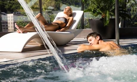 Andorra: entradas al centro INUU y de 1 a 3, 5 o 7 noches para 2 con desayuno y opción a masaje en el Hotel Espel