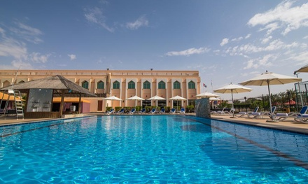 Abu Dhabi: 1 2 Nights for 2 Adults with Breakfast and Pizza, Half or Full Board Options at Western Hotel Ghayathi