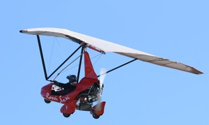 Nuova Rossi Soavi: Esperienza di volo in deltaplano a motore per una o 2 persone da Nuova Rossi Soavi (sconto fino a 60%)