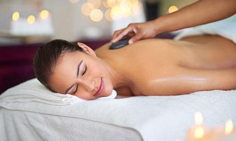 3 o 5 masajes a elegir con opción a peeling corporal desde 34,95 € en Susana Lominchar Oferta en Groupon
