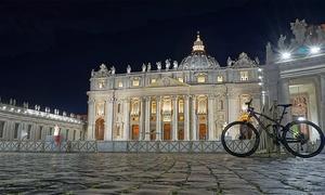 Eletrik Bike Roma: Tour guidato di Roma o noleggio di bici a scelta per una o 2 persone con Eletrik Bike Roma (sconto fino a 55%)