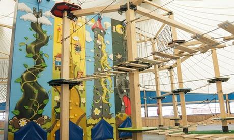 Circuitos de aventura y paredes de escalada para 1, 2, 3 o 4 personas desde 8,90 € en Vertical Park