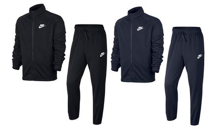 Nike leichter Fleece-Sportanzug im Modell nach Wahl (Munchen)