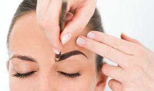 Isa Cosmetics: Permanent Make-up zur Wimpernkranzverdichtung, für die Augenbrauen oder Lippen bei Isa Cosmetics (bis zu 79% sparen*)