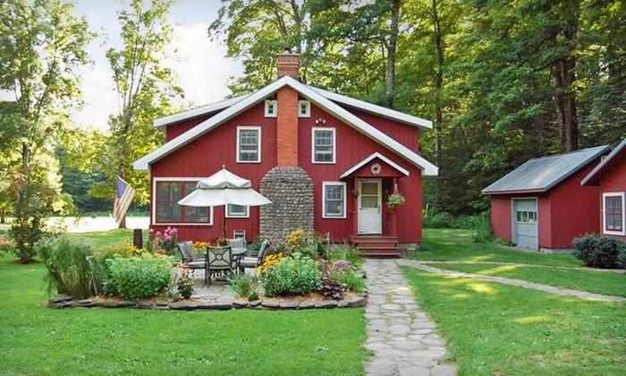Wellnesste Lodge - Taberg, NY: 2-Night Stay with S'mores and Snack Pack at Wellnesste Lodge in Taberg, NY