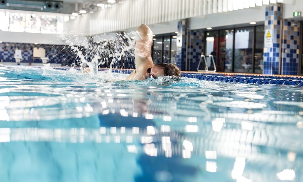 4 week unlimited gym swimming group fitness for Qut garden pool
