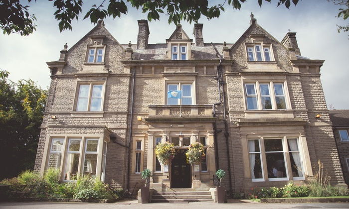 Durker Roods Hotel Huddersfield Wedding Package For 40 Day And 80 Evening Guests At