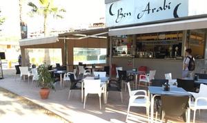 Kiosco Ben Arabi: Menú para 2 o 4 con 2 entrantes, 2 principales, postre y botella vino o bebida y copa desde 24,95 € en Kiosco Ben Arabi