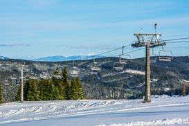 Orava Snow: Zimowe szaleństwo: 1-dniowy skipass w Orava Snow na Słowacji 3 km od granicy od 54,99 zł (2 wyciągi krzesełkowe)