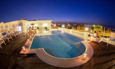 Desenzano, Palace Hotel 4*: Fino a 2 notti con Spa, piscina esterna riscaldata, ponti e festività inclusi per 1 persona