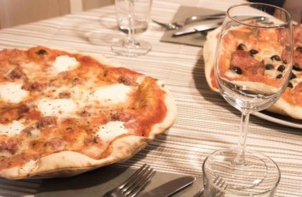 Menu con pizza, dolce e birra a 19,90€euro