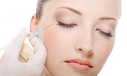 1 o 3 sesiones de mesoterapia facial inyectada de ácido hialurónico y vitaminas desde 44 € en Sonrisa Feliz