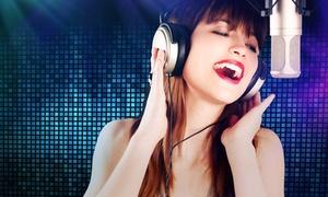 Soundstarstudios: Profi-Gesangsaufnahme eines Lieblings-Songs mit CD und Fotos in den SOUNDSTARSTUDIOS ab 39,90 € (bis zu 82% sparen*)