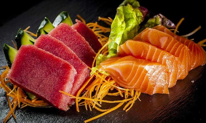 Sushi Koi - Fusion Restaurant - Sesto San Giovanni: Sushi All you can eat e sakè per 2 o 4 persone al ristorante Sushi Koi di Sesto San Giovanni (sconto fino a 54%)