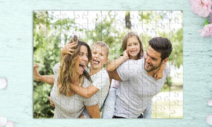 Photo Gifts - Puzzle personalizzabili: Una o 2 stampe personalizzabili su puzzle da 88 pezzi offerte da Photo Gifts (sconto fino a 88%)