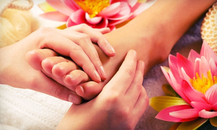 Happy Head Foot Massage and Reflexology - Multiple Locations: Asian-Style Massage or Swedish or Deep-Tissue Massage at Happy Head Foot Massage and Reflexology (Up to 51% Off)