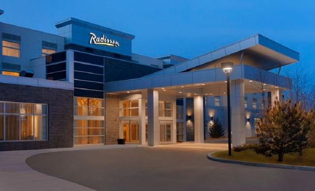 Radisson Hotel & Conference Centre Calgary Airport in