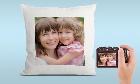 1, 2 o 3 cojines con foto personalizada de 32 cm x 32 cm en Printerpix (hasta 83% de descuento)