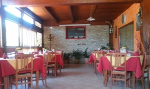 Spaghetteria Ristorante Karabà: Menu completo a base di pesce locale con calice di vino e dolce da Spaghetteria Ristorante Karabà (sconto fino a 62%)