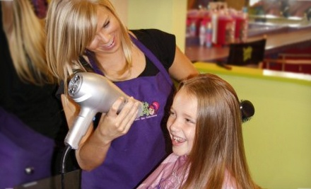 $25 for an All That Glitters Under the Sea Girls' Makeover Package at Sweet & Sassy ($55.65 Total Value)
