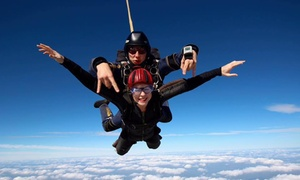 UK Parachuting: 7,500 or 13,000ft Tandem Skydiving Experience at Two Locations with UK Parachuting