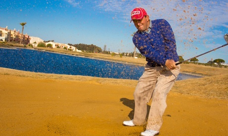 Bautizo de golf con 2 horas de clases de iniciación para 2 o 4 personas desde 29,95 € en Villanueva Golf Resort