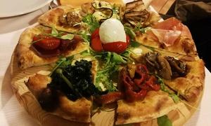 Bellavista: Menu pizza in formula all you can eat con birra per 2 o 4 persone (sconto fino a 77%)