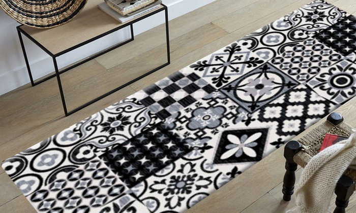 tapis imitation carreaux de ciment groupon shopping. Black Bedroom Furniture Sets. Home Design Ideas