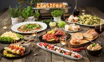 Mediterranes Sonntags-Buffet für 2 oder 4 Personen im Restaurant Mittelpunkt der Erde (33% sparen*)
