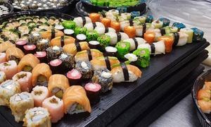 Sora Reus- Sushi & Cocktail Lounge: Menú japonés para 2 o 4 con entrante, arroz o udon, bandeja de 30 piezas de sushi y bebida desde 24,95 € en Sora Reus